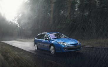Гроза в дороге: как уберечься от молнии