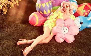 Майли Сайрус снялась в пикантной фотосессии к Пасхе