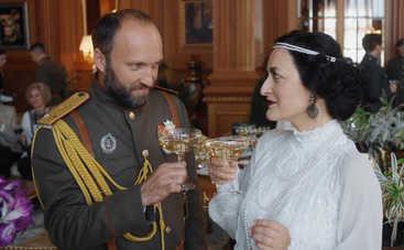 Сувенир из Одессы: смотреть 11 серию онлайн (эфир от 04.04.2018)