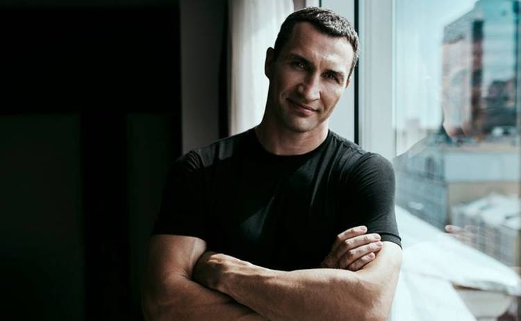 Владимир Кличко стал барабанщиком рок-группы