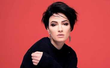 Анастасия Приходько пытается избавиться от пагубной привычки
