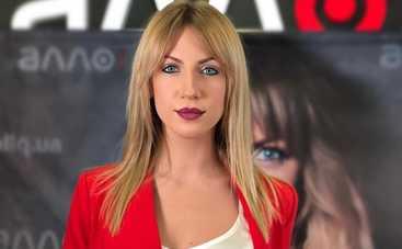 Леся Никитюк похвасталась сексуальными ножками