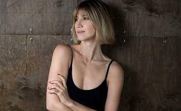 Анита Луценко удивила поклонников новым имиджем