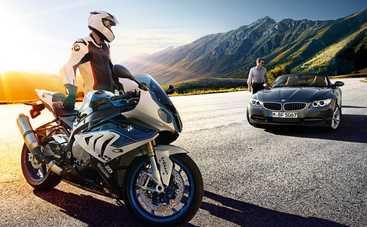 Как быстро объехать пробки: машина со встроенным мотоциклом