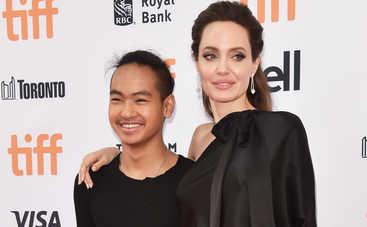 Старший сын Анджелины Джоли хочет отказаться от матери