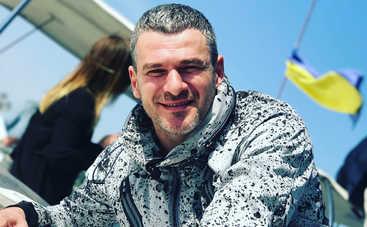Арсен Мирзоян презентовал провокационный клип