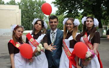 Украинская пародия на известный хит взорвала Сеть