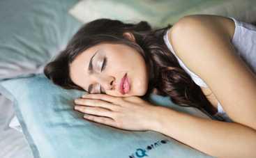 Ученые назвали возможную причину сонливости днем