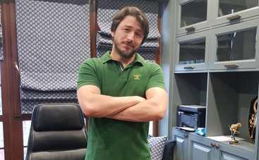 Сергей Притула похвастался оголенным торсом