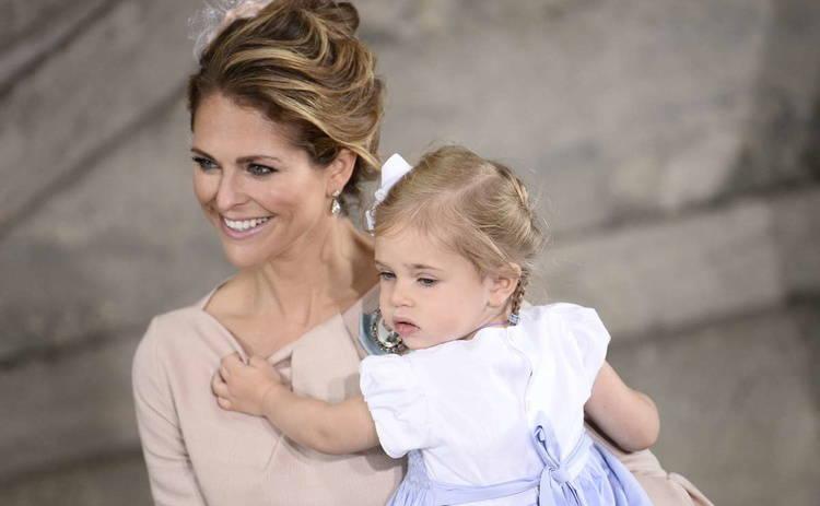 Маленькая шведская принцесса показала детям, как правильно капризничать