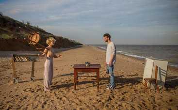 Вера Кекелия обнажилась и станцевала на морском побережье