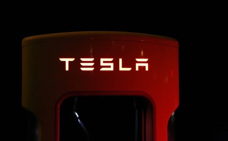 Компания Tesla Motors осталась без главного инженера