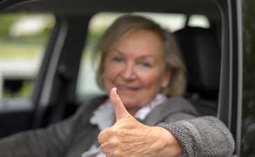 81-летняя пенсионерка доехала из Южной Африки в Лондон на машине