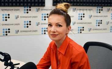 Певица Наталья Мирная борется против насилия в семье
