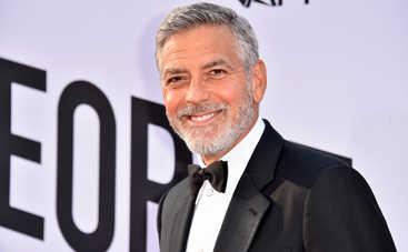 Джордж Клуни попал в серьезную аварию