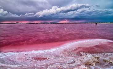 Ученые определили самый древний цвет на Земле
