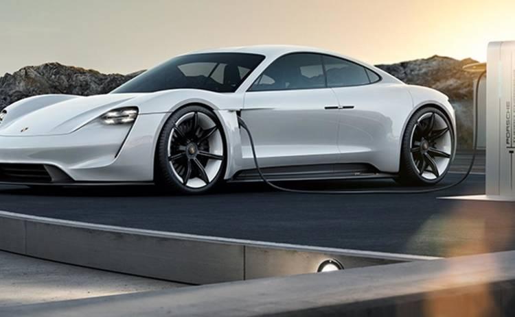 Компания Porsche выпускает быструю электрозарядку для авто