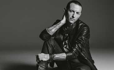 «Ты рядом»: Linkin Park трогательно вспомнили погибшего Честера Беннингтона