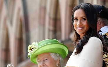 Меган Маркл засветила белье на свадьбе друга принца Гарри