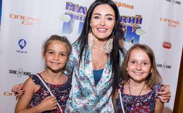 Анна Добрыднева и другие звезды посетили благотворительный показ мультика