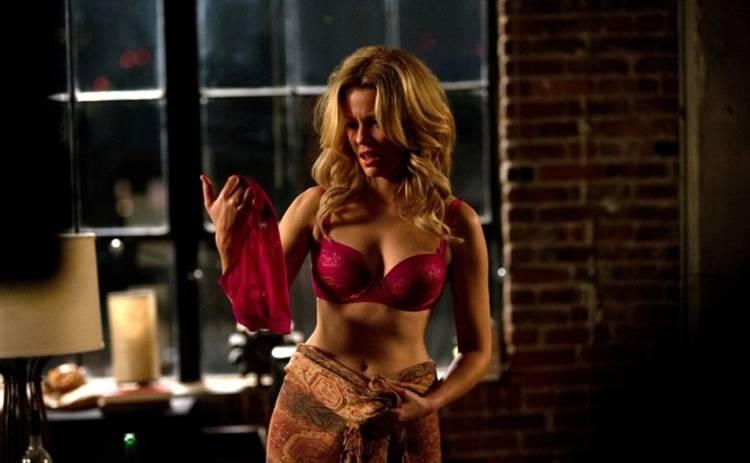 Блондинка в эфире: смотреть фильм онлайн в хорошем качестве