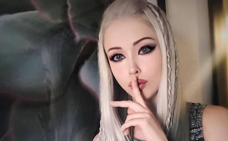 Одесская Барби покорила Сеть откровенными фото в крохотном купальнике