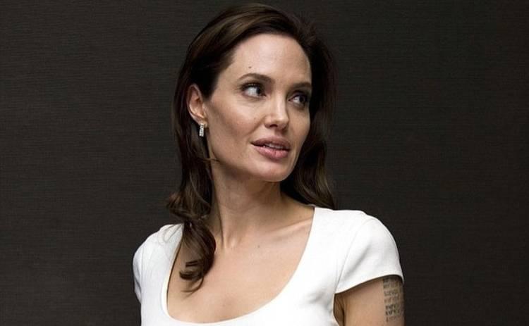 У Анджелины Джоли появился враг в Голливуде