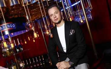 Оля Полякова рассказала Артему Гагарину об откровенных нарядах для своего концерта