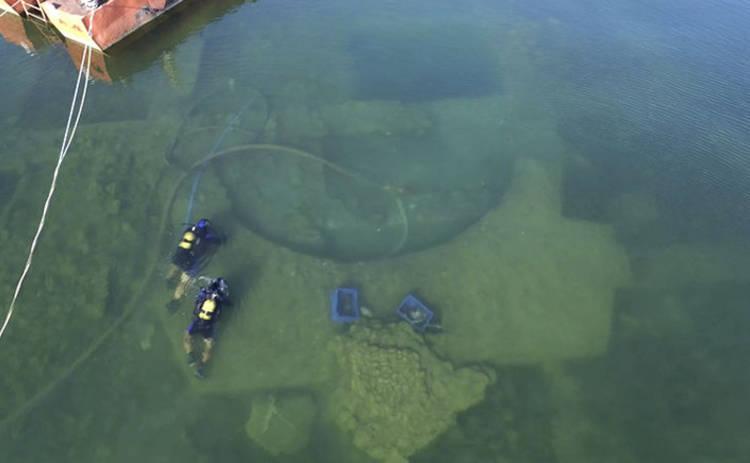 Что на дне озера: невероятная находка в Турции