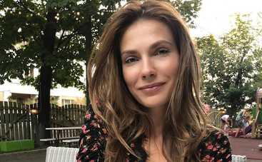 Дочь Ольги Сумской похвасталась сексуальной фигурой в купальнике