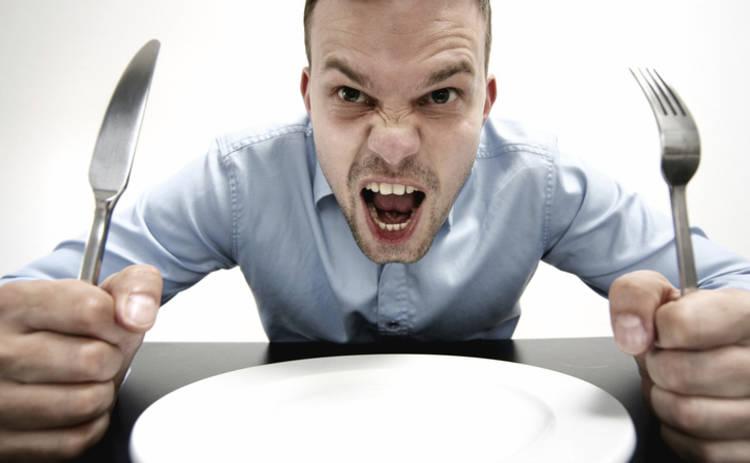 Диетологи назвали 4 продукта, которыми мужчин лучше не кормить