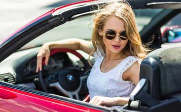 Фитнес в машине: 5 полезных упражнений