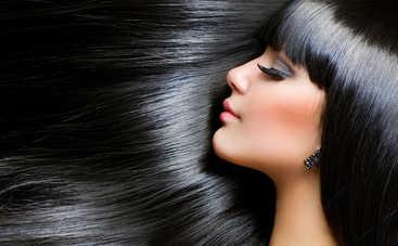 Названа ежедневная привычка женщин, «убивающая» волосы