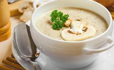Крем-суп с белыми грибами и гренками (рецепт)