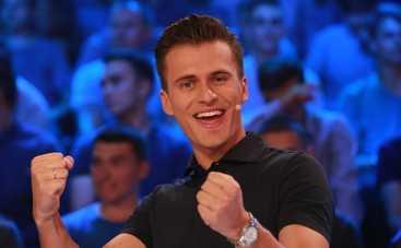 Александр Скичко признался, что собирал бутылки ради авто
