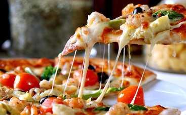 Тонкая пицца родом из Италии за 30 минут (рецепт)