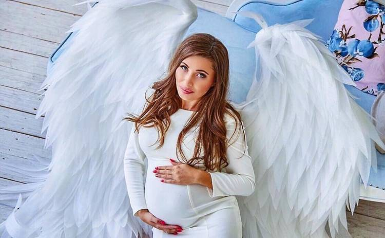 Участница 7 сезона шоу «Холостяк» оригинально призналась мужу в беременности