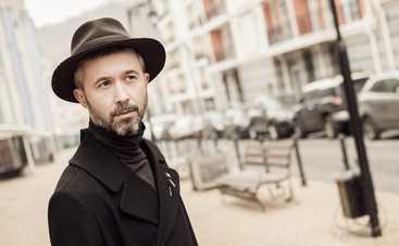 Сергей Бабкин записал свой новый альбом топлес