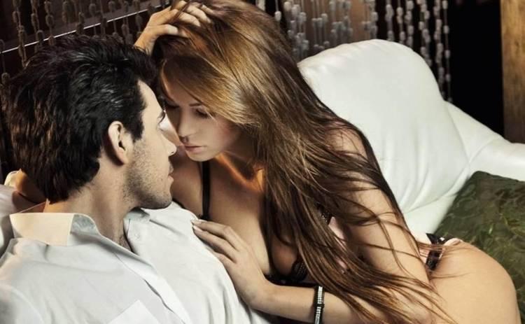 Сексологи рассказали, как вернуть в секс искру после десяти лет совместной жизни
