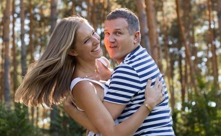Юрий Горбунов показал свою жену Катю Осадчую без макияжа