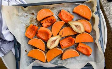 Запеченная тыква с орехами и медом (рецепт)