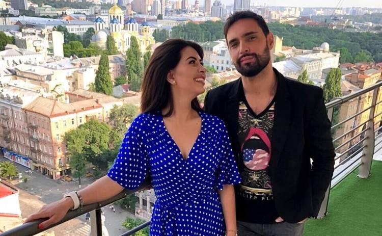 Экс-невеста Виталия Козловского опубликовала горячее фото в купальнике