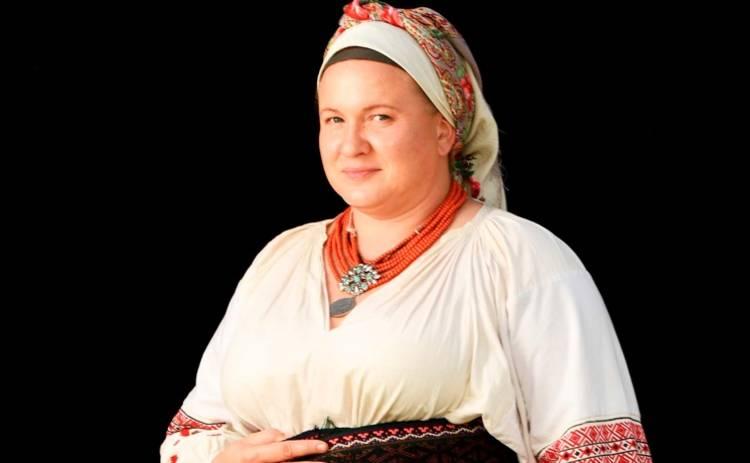 Олеся Жураковская сыграла бойкую и острую на язык кухарку
