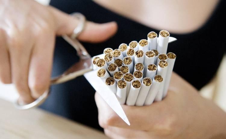 Курение или малоактивный образ жизни: врачи рассказали, что опаснее