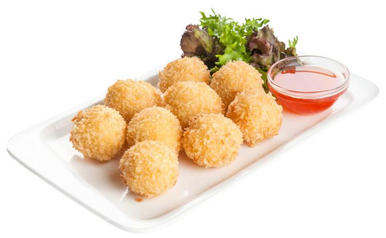Восхитительные сырные шарики к столу (рецепт)