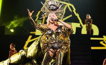 Оля Полякова и Леся Никитюк на «Танцях з зірками» появились в одинаковых платьях