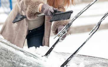 Как правильно чистить авто зимой: полезные советы