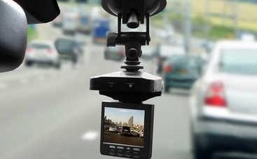 Появилось предложение вознаграждать водителей за съемку нарушений ПДД