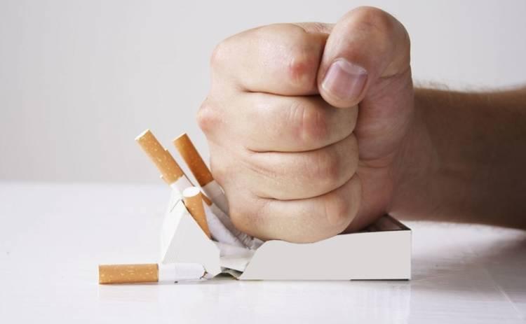 Медики назвали лучший возраст, чтобы бросить курить
