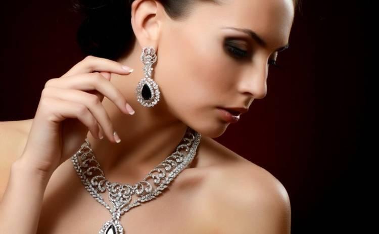 Гороскоп украшений по знаку Зодиака: какие камни и металлы привлекут в вашу жизнь удачу
